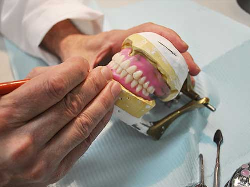 making_dentures